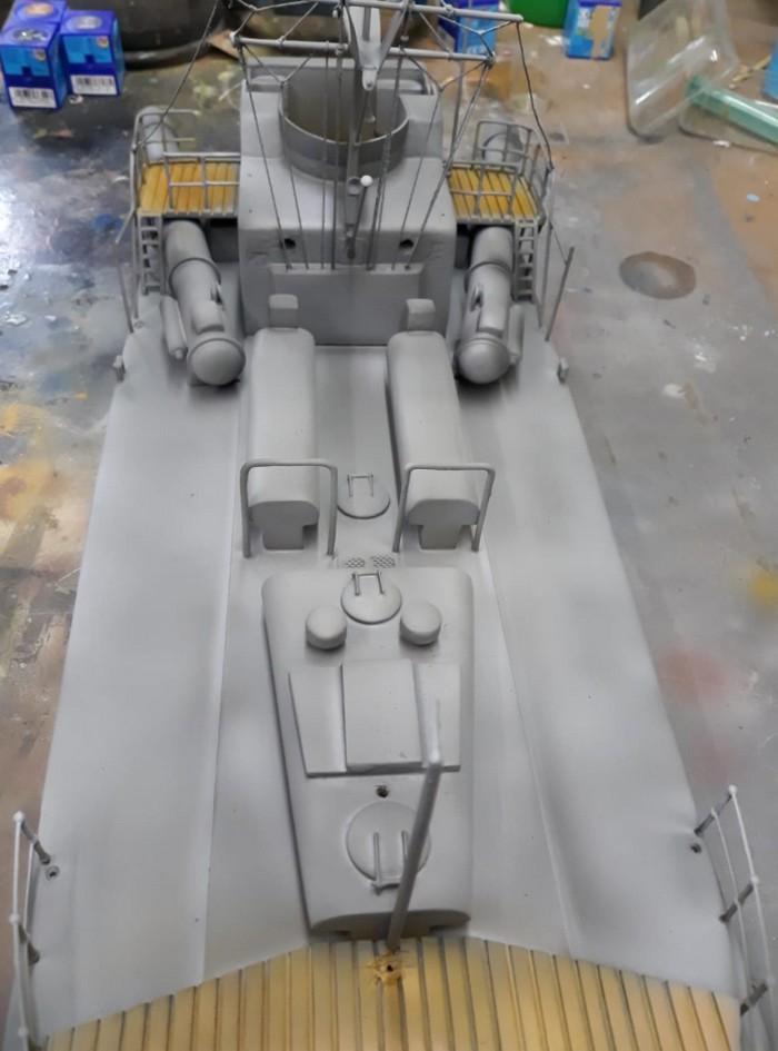 Blick von Achtern an Deck des deutschen Schnellboots S573.