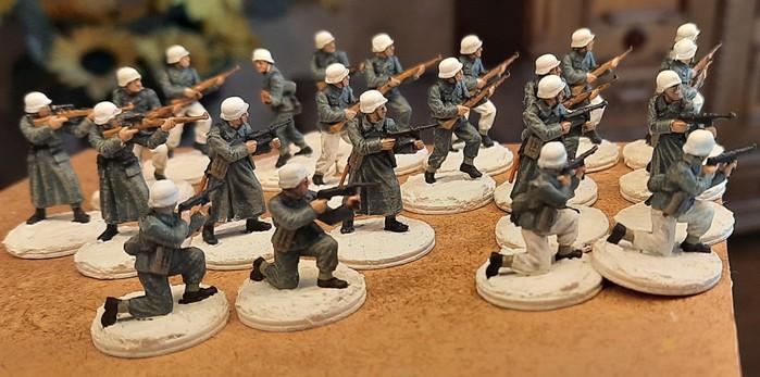 Das Schuhwerk wurde vollendet. Das Füsilier-Regiment ist fast einsatzklar.