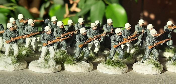 Das Füsilier-Regiment 27 der 12. Infanteriedivision erhält Zulauf