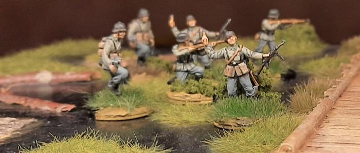 Das Infanterie-Regiment 510 bei einem Spaziergang abseits des Home-Office.