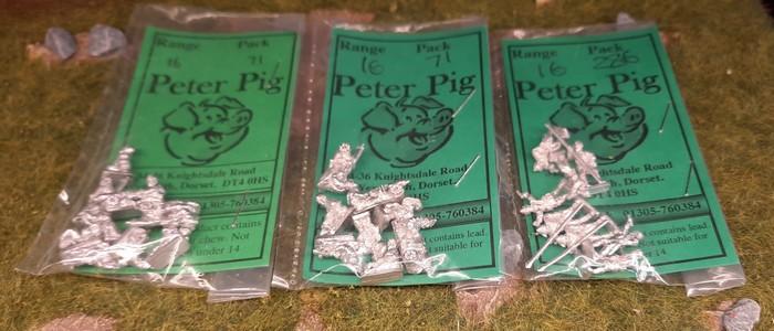 Von Peter Pig drei Tütchen Infanteristen mit Franzosen.