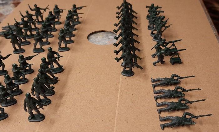 Hier die ganze Truppe der Rekruten des Infanterie-Regiment 510 der 293. Infanterie-Division.
