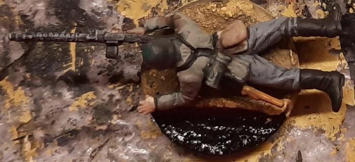Der eine MG-Schütze wurde mit PONAL auf die Base geschnallt.