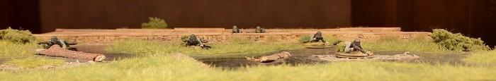 Die MG-Schützen im Sumpf von vorne.