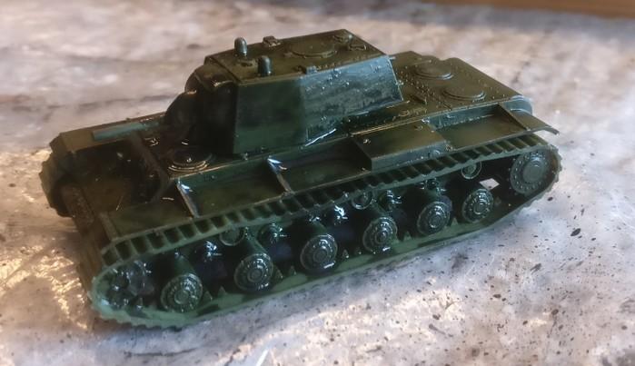 Der KV-I nach dem Auftrag des Black Wash.