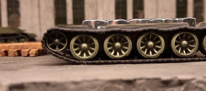 Die Montage der M6-Muttern ist erfolgt.