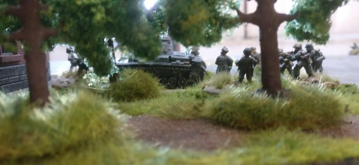 """Das 3. Platoon im """"Wäldchen""""."""