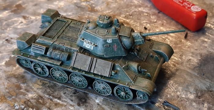 Der T-34/76 Modell 43 wie er bislang in der Krabbelkiste lag.