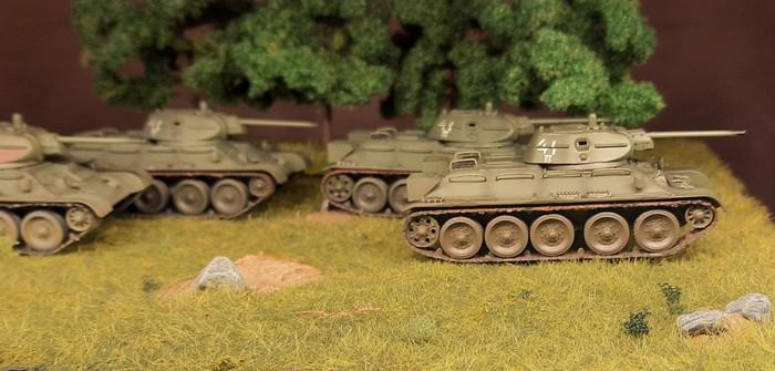 Easy Model T-34/76: Breeding Pit für schnelle Verstärkung