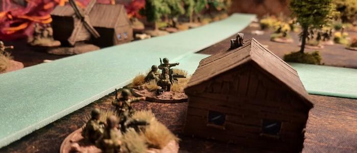 Die dritte Verteidungslinie läuft durch die Stadt Schisskovo. Hier liegt ein HMG-Platoon der 61. Garde-Schützendivision in Stellung.