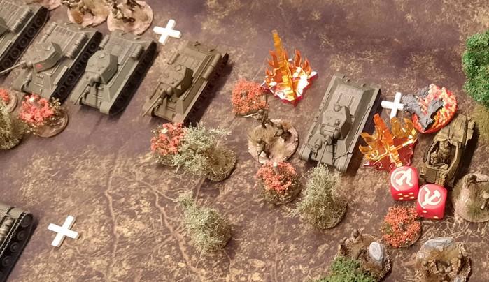 Die Höhe 107 ist von den T-34/76 der 96. Panzer-Brigade besetzt.