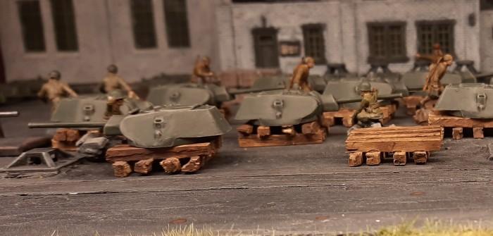 18 T-34/76 für die 159. Panzerbrigade (die guten von Italeri)