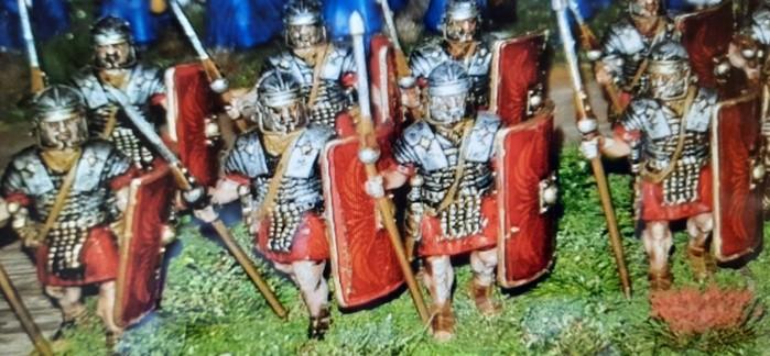 "Kann man da wiederstehen? 24 ""Early Imperial Roman Legionaries Advancing"" von Victrix"". Perfectly painted!"