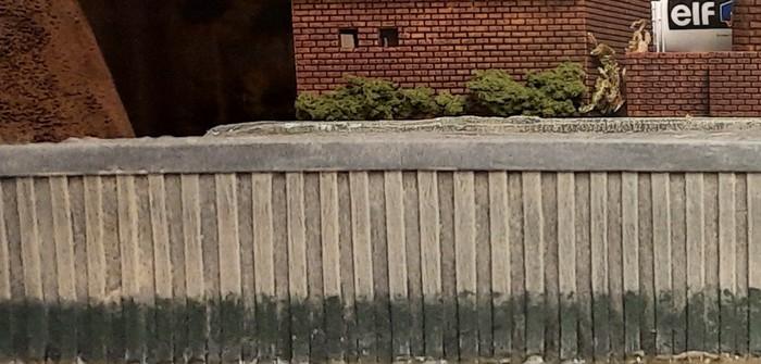 Die Grundierung der Kaimauer / Spundwand