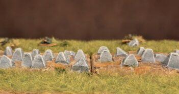 Drachenzähne: eine Höckerlinie als Panzersperre für den Spieltisch. Terrain Tiles für Westwall, Eifel und Siegfriedlinie