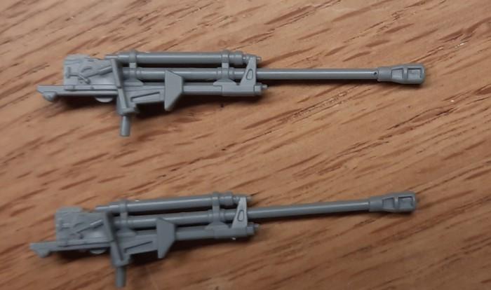 Die Lieferanten der 75mm Recoilless Rifle M20 - zwei alte Russenpaks.