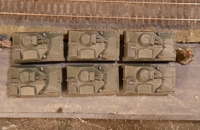 Ein netter Anblick von oben. Jeweils zwei T-40S und vier T-40 sind gruppiert.