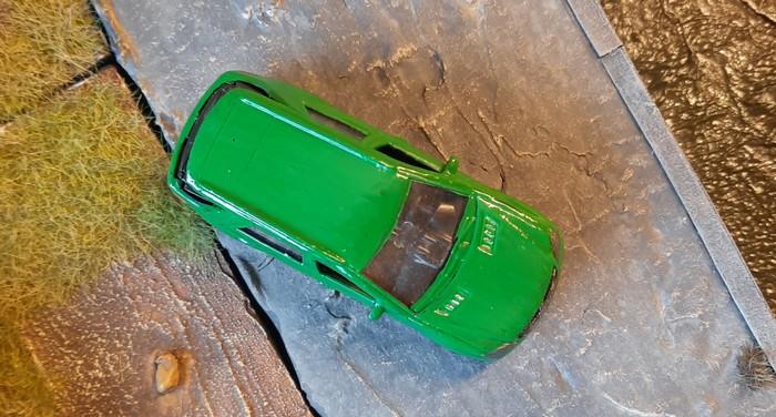 Der grüne, ehemals schwarze Mercedes