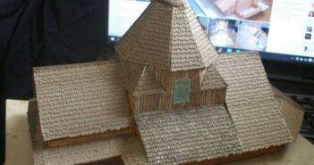 St. Alexeji: das Dach muss werden