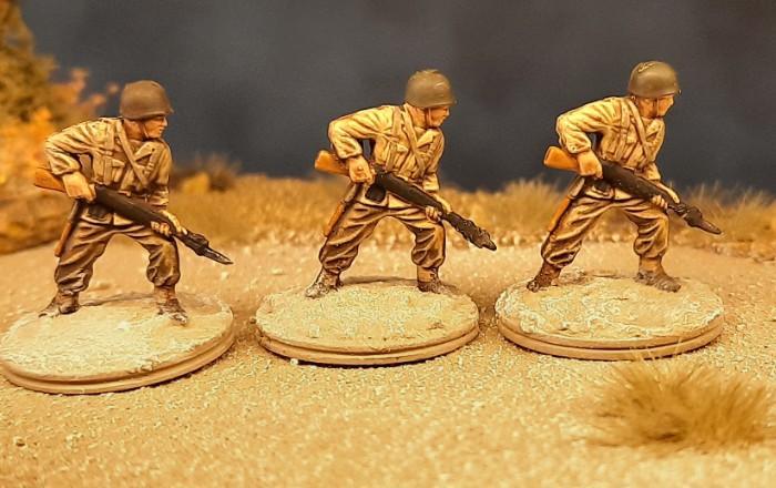 Erster Einsatz am Landungsstrand (Fedala am 8. November 1942): die 22 BAR-Schützen des 7th Infantry Regiment der 3rd US Infantry Division rennen los.