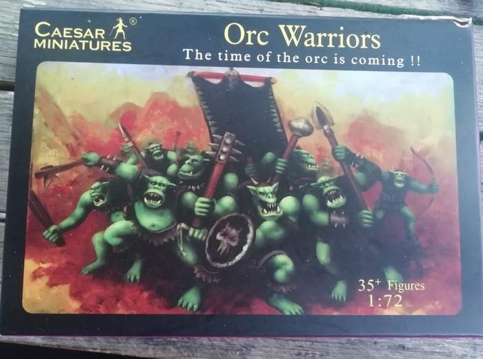 Diese Packung Orks von Cesar benutzte Doncolor für seine Bestückung des Spiels mit Spielfiguren.