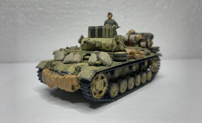 Kleiner Blick auf das Endergebnis: der Panzer III Ausf. N von Dragon - Panzerschmied Style.