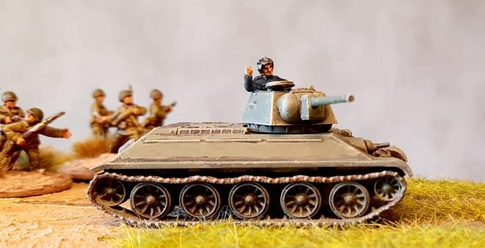 Vom Fließband in die Schlacht: der T-34/76.