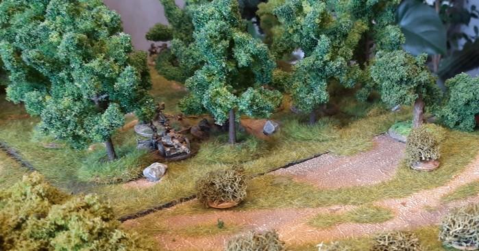 Die Pak-Stellung an der Ecke des Waldes.