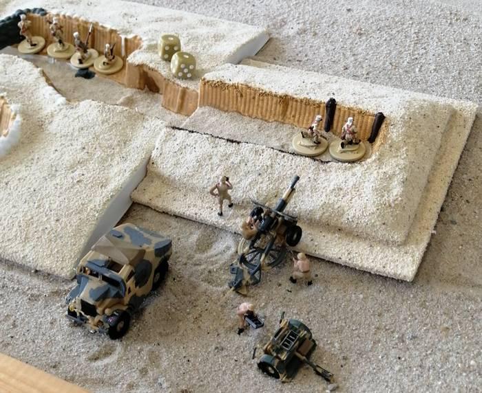 Auch schwere Artillerie steht in zurückliegenden Stellungen bereit.